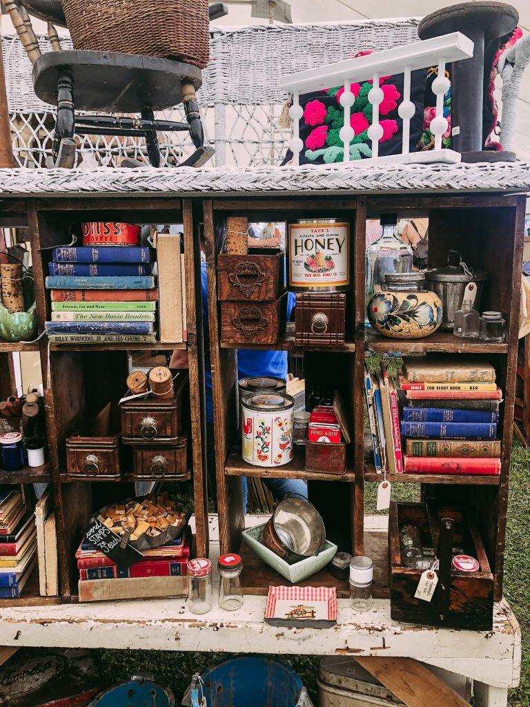 Jordan Tailored - 5 Ways to Thrift Like a Pro - Outdoor Flea Markets & Junk Shows