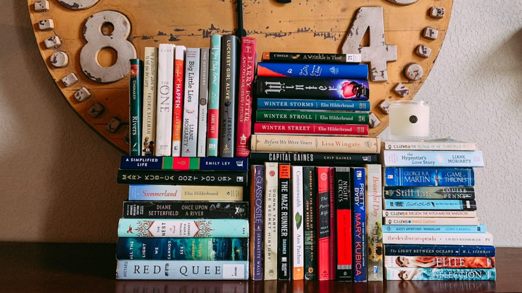 How to Build a Home Library on a Budget - Jordan Tailored